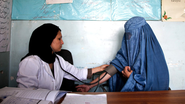 Woman gets check up at health clinic in Afghanistan